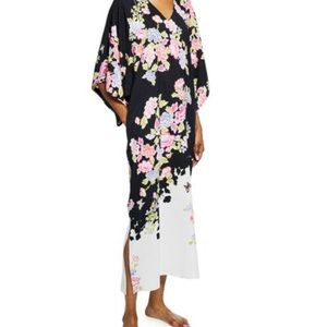 Beautiful NWT Gardenia Caftan